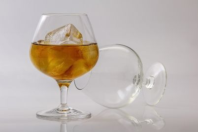 brandy-402572_1920.jpg