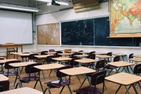 classroom-2093744_1920-e1583790356347.jpg