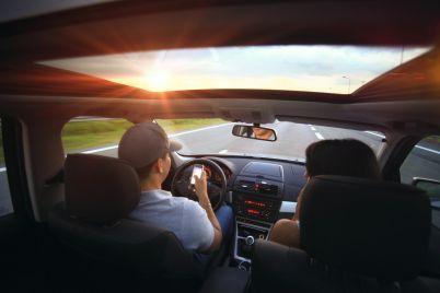 kola-pat-telefon-shofor.jpg